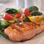 主治医が見つかる診療所:魚と肉を食べて血管を若返らせる方法