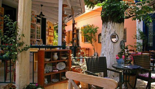 趣味どきっ!家で楽しむ私のカフェスタイル:不ぞろいが心地よいテーブルと椅子