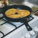 それマル新常識!家庭でフレンチトーストを作る時は、クロワッサンで作ると名店の味になる!